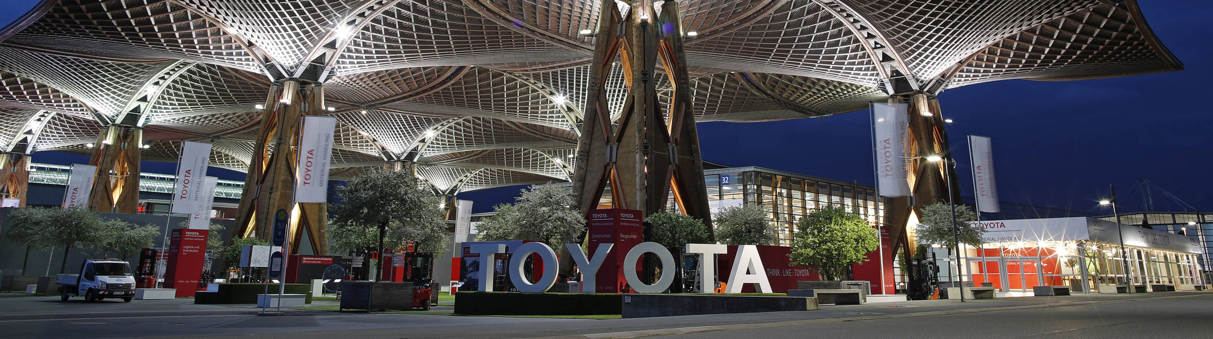 Toyota material handling at CeMAT 2018