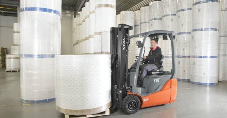 EC counterbalanced truck loading