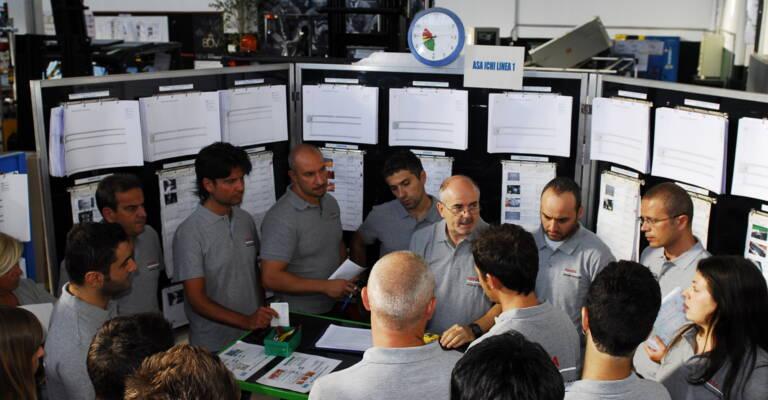 Personnel logistique en formation au lean management, l'approche proposée par Toyota synonyme d'optimisation