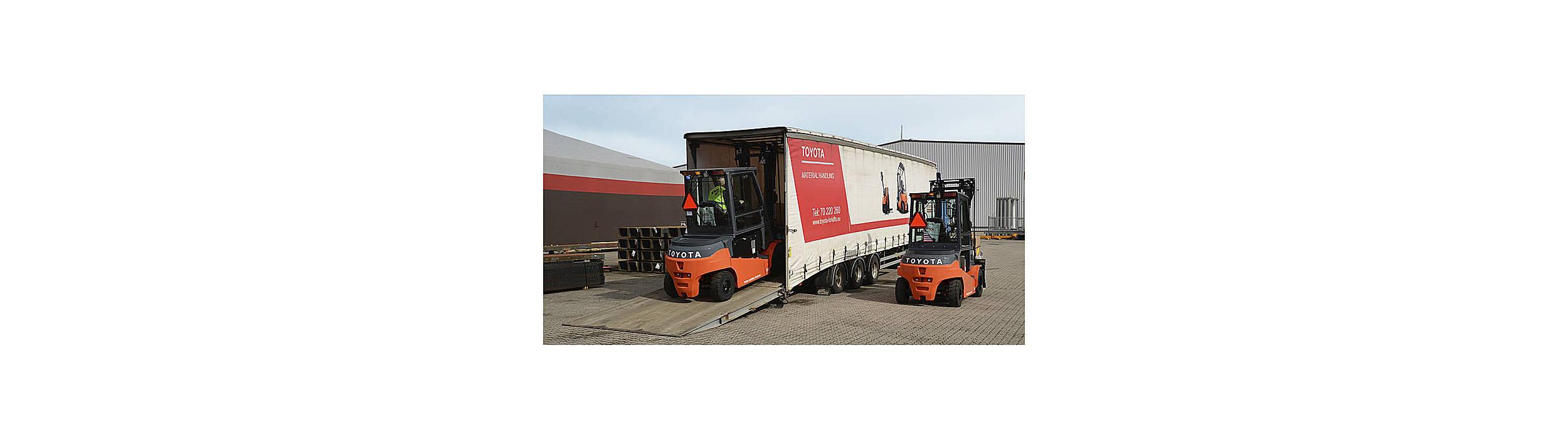 Toyota leverer gaffeltruck til kunde med stor truckflåde
