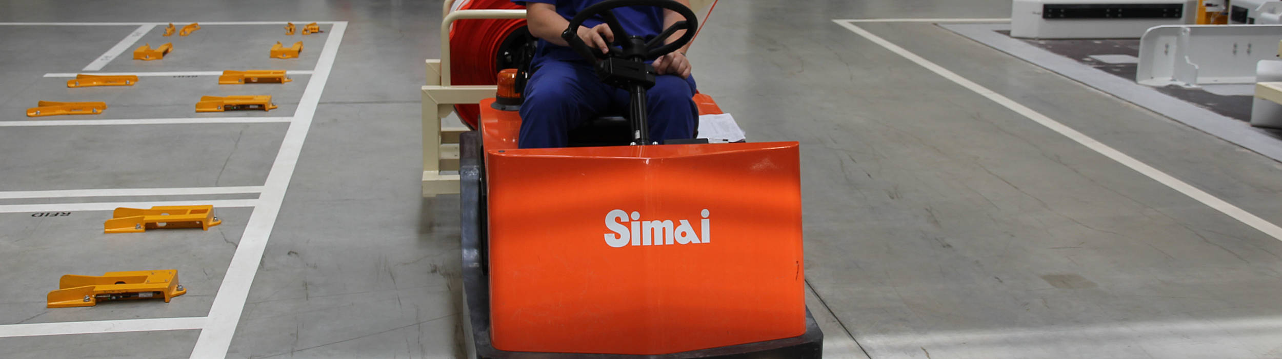 Tahače Simai s li-ionovými bateriemi podporují logistiku Nexen Tire
