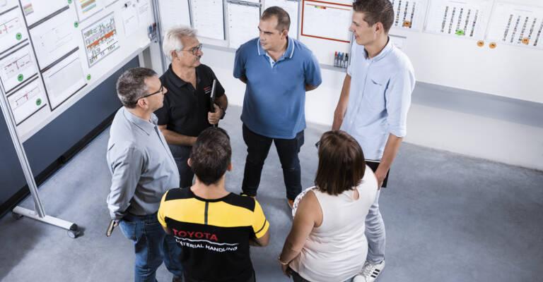 Comité directeur du projet Lean qui échange afin de développer le projet dans une entreprise