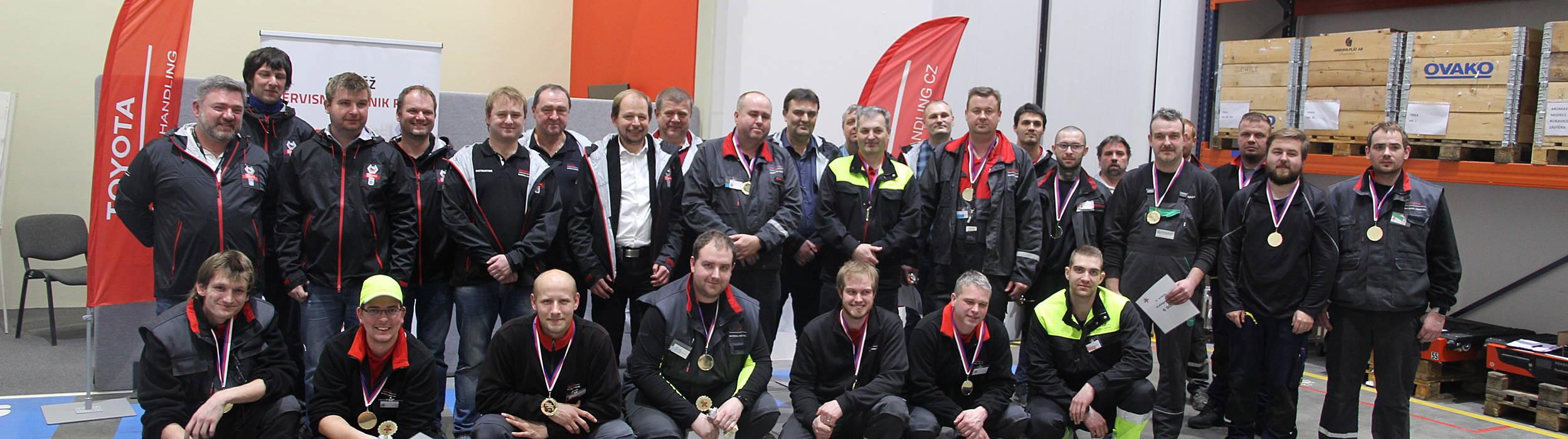 Servisní technici Toyota Material Handling CZ, AutoSAS, Manitec a UHS Jakos - soutěž techniků v Rudné u Prahy