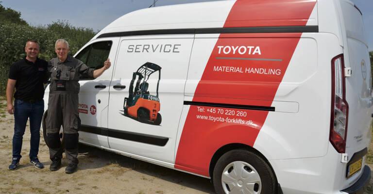 John Bergmann Jensen har arbejdet 50 år som gaffeltruckmontør og servicetekniker. De seneste seks år hos Toyota Material Handling.