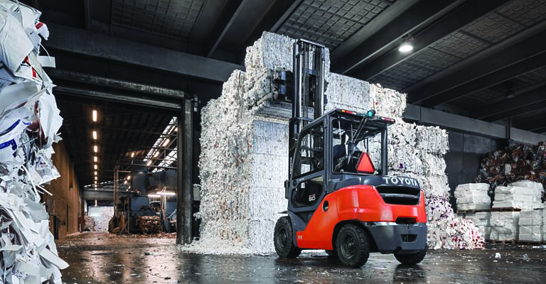 Toyota Tonero counterbalance used in recycling warehouse