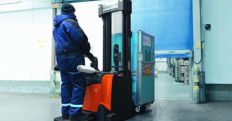 Flurförderzeug im Kühlhaus-Einsatz