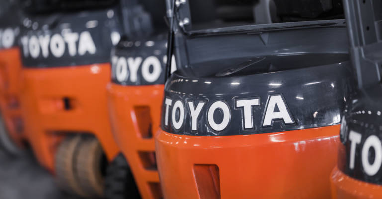 Nahaufnahme von Toyota Gabelstaplern